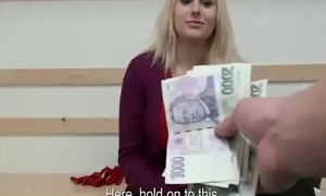Amateur Nice teen tempts tourist for cash in public 05