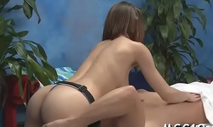 Leggy playgirl juggles on wang